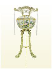 廻り燈籠(高さ108cm)